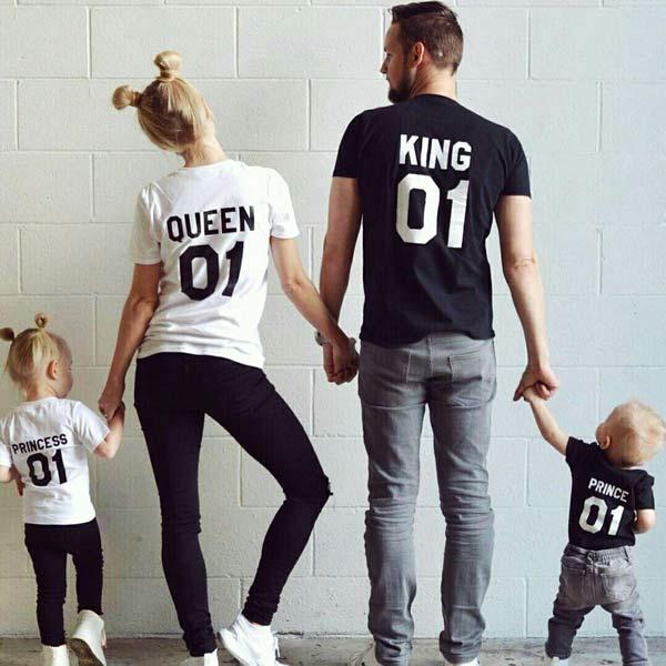 T-shirt King Queen Prince Princess Conjunto Família branco e preto