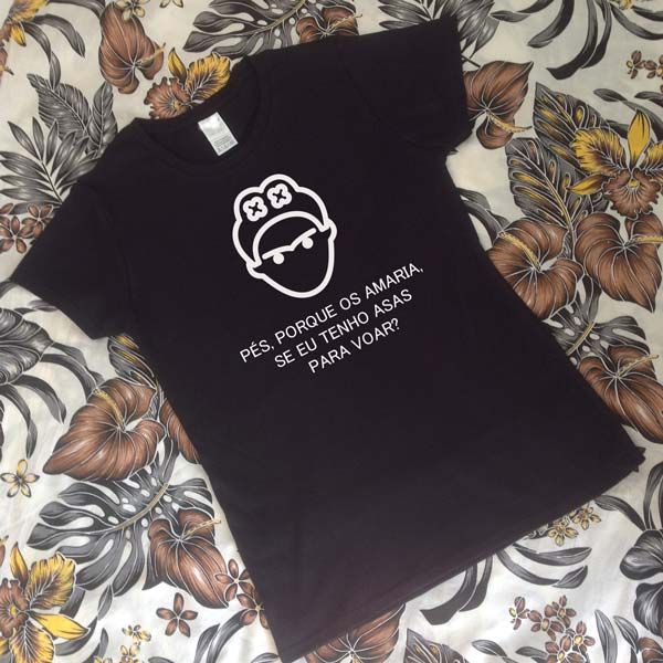 T-shirt Frida Kahlo Asas para voar.Preta