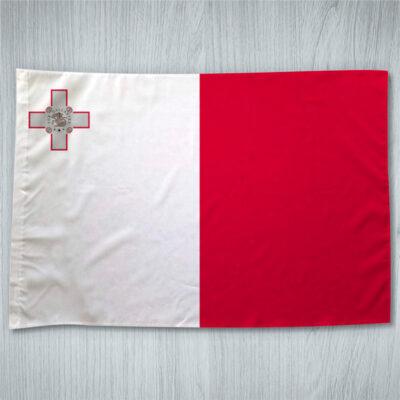 Bandeira Malta ou personalizada com sua logo