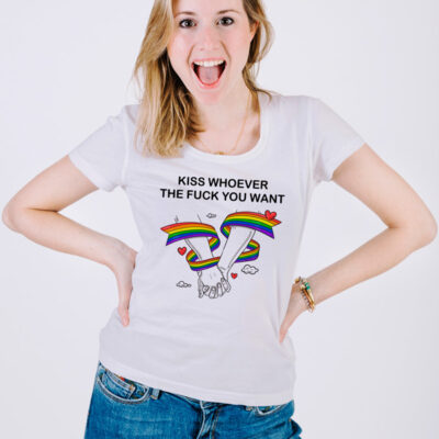 T-shirt Kiss Whoever You Want Homem/Mulher