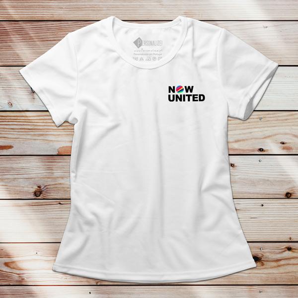 Now United T-shirt com todos os integrantes para mulher